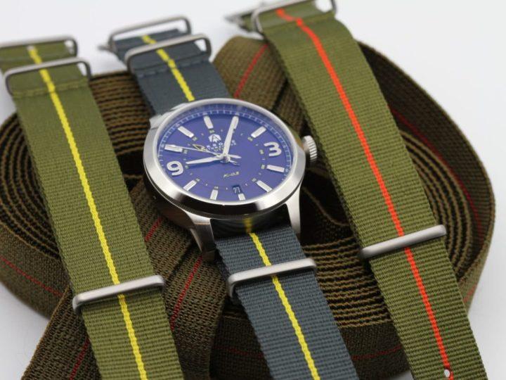 Choix du bracelet pour la K-03